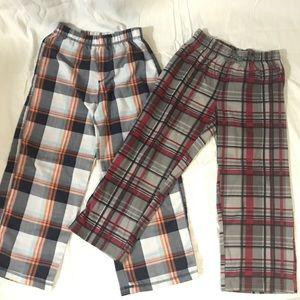 Boys Plaid Pj bottoms size 6 (2 pairs)